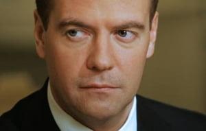 Medvedev critica ritmul lent al modernizarii economiei