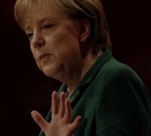 Merkel: Euro obligatiunile ne vor duce catre o uniune a datoriilor