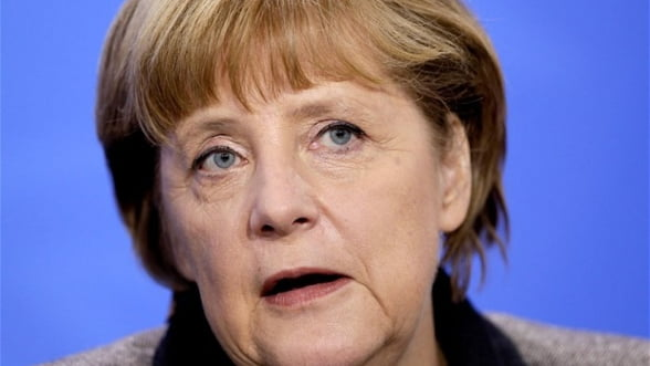 Merkel: Grecia nu ar fi trebuit sa fie primita in zona euro