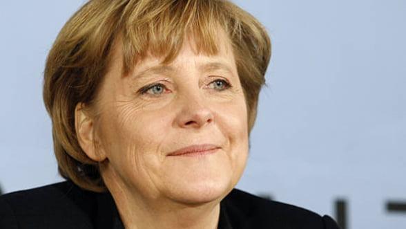 Merkel: UE inainteaza cu pasi mici, catre federalism