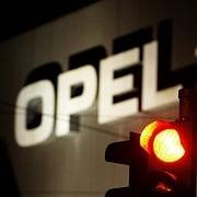 Merkel exclude preluarea de catre stat a unei participatii in Opel