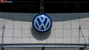 Merkel face lobby in China: Contracte si bani multi pentru Volkswagen si Airbus