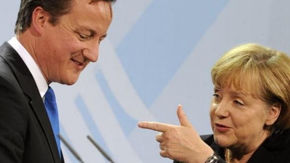 """Merkel l-a avertizat pe David Cameron ca se apropie de """"un punct fara intoarcere"""" cu UE"""