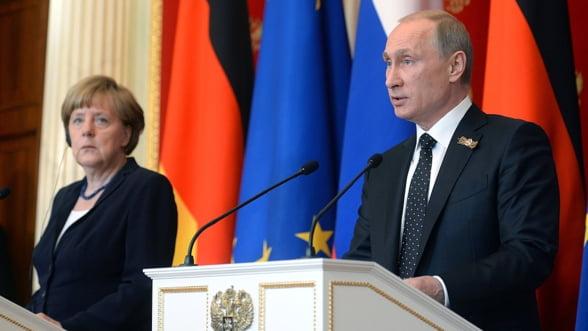 Merkel si Hollande cer inasprirea sanctiunilor pentru Rusia, Putin joaca din nou cartea gazului