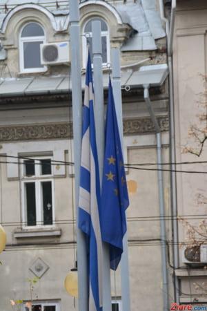 Merkel si ministrul de Finante german apara acasa acordul cu Grecia