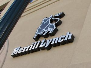Merrill Lynch acuza Deutsche Bank ca i-a furat bancherii