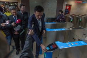 Metrorex a introdus plata cu cardul direct la turnicheti, in noua statii de metrou (Galerie Foto)
