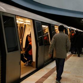 Metrorex va plati Petprod peste 40 milioane lei pentru furnizarea de energie electrica