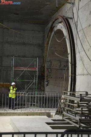 Metroul din Drumul Taberei, departe de start: In unele statii nici n-au inceput lucrarile de amenajare