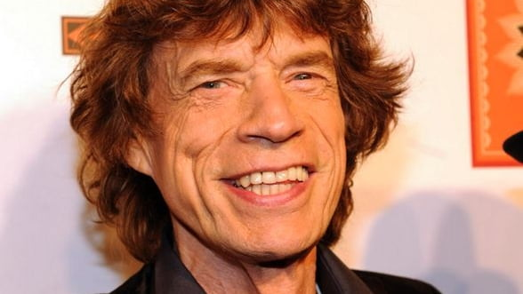 Mick Jagger a devenit strabunic