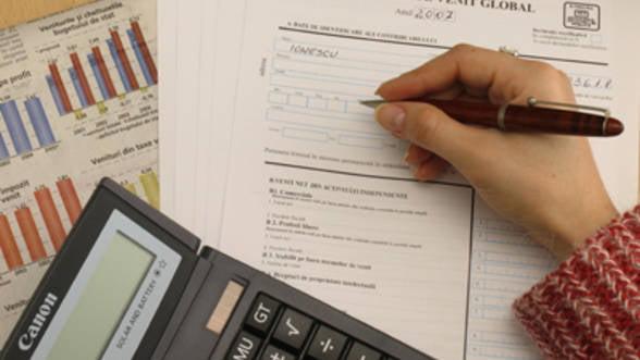 Microintreprinderile depun trei declaratii in plus la Fisc in martie
