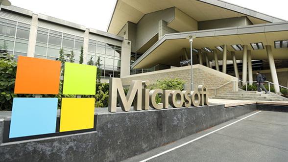 Microsoft, pe locul doi in topul celor mai mari companii listate la bursa