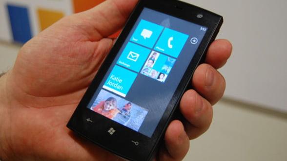 Microsoft amana lansarea Windows Phone 7 in China