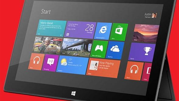 Microsoft lucreaza la o tableta Surface ieftina cu ecran de 7,5 inci