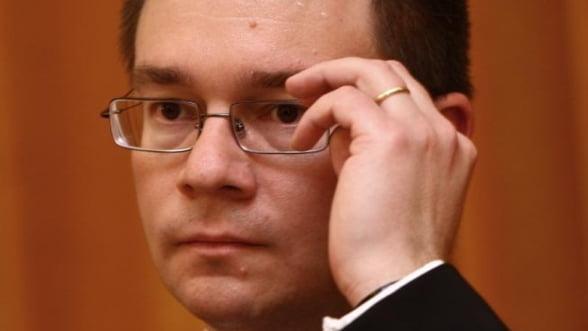 Mihai-Razvan Ungureanu: Nu cred ca privatizarea Oltchim va avea succes