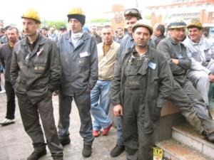 Minerii din Oltenia vor primi tichete cadou in valoare de 600 de lei de Ziua Minerului