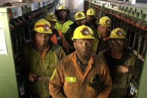 Minerii disponibilizati cer de lucru canadienilor de la Gold Corporation