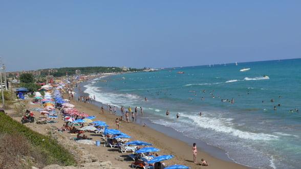 Mini-vacanta de 1 mai: Cati turisti se vor afla pe litoral