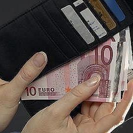 Ministerul Finantelor se asteapta la un curs mediu de sub 4,3 lei/euro in 2009