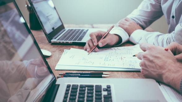 Ministerul Mediului de Afaceri indeamna beneficiarii Start-Up Nation sa-si ia banii din conturi