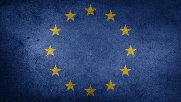 Ministrii europeni de Finante vor discuta luni infiintarea unui buget al zonei euro