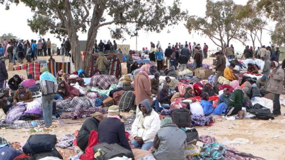 Ministru german: Inca 10 milioane de refugiati sunt pe drum!
