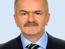 Ministrul Cercetarii din Guvernul Nastase, din nou in functie: Pe langa case si terenuri, i-au mai ramas vreo 200.000 de euro in buzunar, dupa ce si-a luat un Jeep luna trecuta