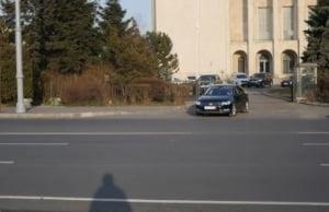 Ministrul Justitiei, filmat in timp ce incalca regulile de circulatie cand pleca din Guvern. Ce spune Politia (Video)