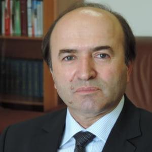 Ministrul Justitiei anunta o evaluare a intregului sistem judiciar si face licitatie publica pentru audit