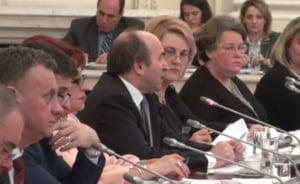 Ministrul Justitiei cere amanarea dezbaterilor privind gratierea, pentru ca Guvernul sa vina cu masuri complementare