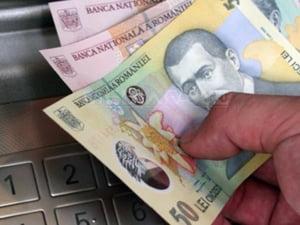 Ministrul Muncii: salariul minim creste, pensiile ingheata in 2011