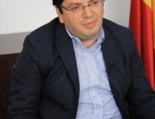 Ministrul Sanatatii anunta controale pentru imigranti si mai multa mancare in spitale