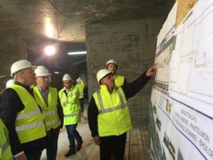 Ministrul Transporturilor, in vizita surpriza pe un santier de autostrada si la metroul din Drumul Taberei. Ce a constatat (Foto)