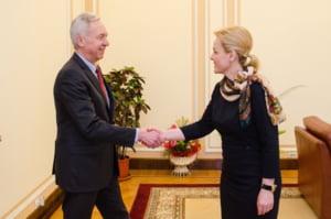 Ministrul de Interne s-a intalnit cu ambasadorul SUA la Bucuresti