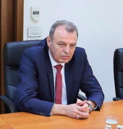 """Ministrul demisionar al Transporturilor, despre inaugurarea """"ciotului"""" de A3: Niste bufoni! S-au comportat indecent"""