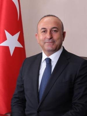 Ministrul turc de Externe ii face campanie lui Erdogan in Franta, dupa ce n-a fost primit in Olanda
