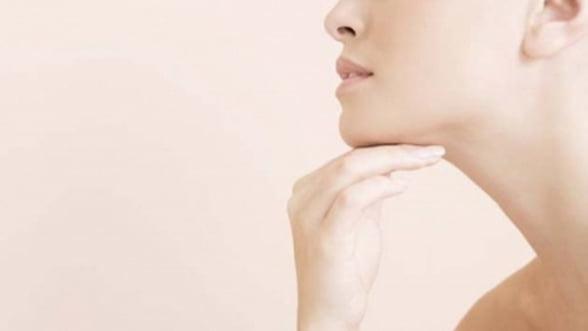 Mitul exercitiilor pentru barbia dubla: Ce faci pentru a scapa de gusa?
