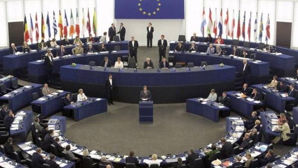 Miza Summitului: UE vrea sa devina ministru de finante pentru statele europene