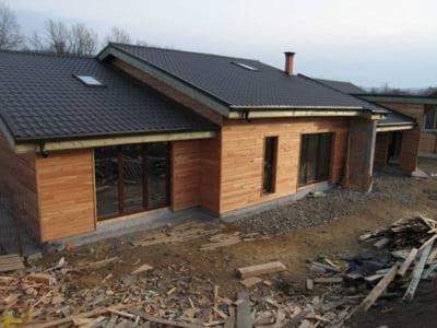 Mobina construct ofera reduceri la case din lemn