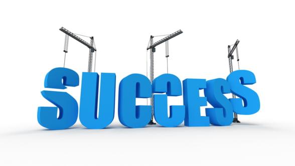 Modele de succes pentru tineri, la BUZZ!CAMP 2013