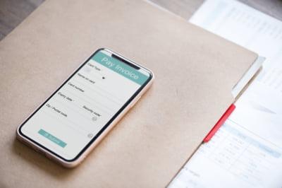 WhatsApp ar putea lansa un serviciu de plati cu telefonul mobil