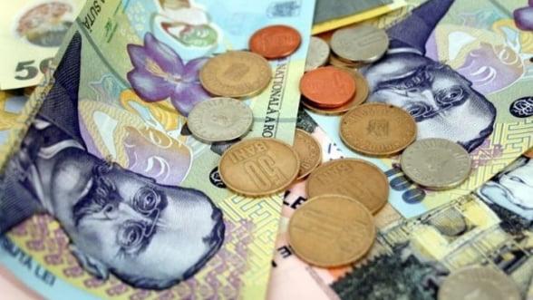 Moneda nationala se depreciaza joi