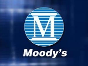 Moody's a retrogradat banci si companii italiene