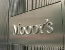 Moody's a retrogradat trei banci cu expunere pe Romania