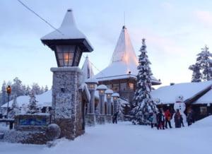 Mos Craciun se lupta cu birocratia din Laponia