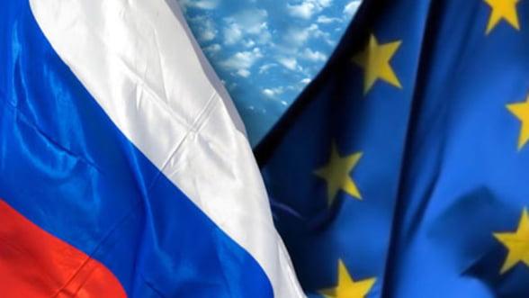 Moscova e dispusa sa lucreze cu FMI pentru a ajuta zona euro