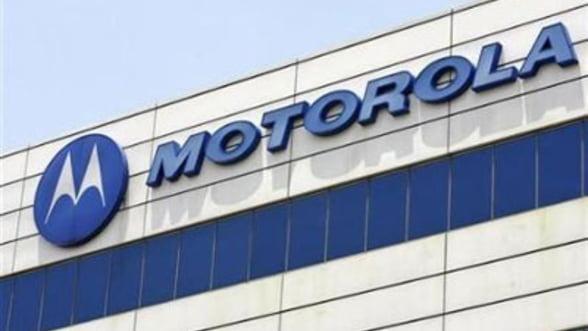 """Motorola a decis sa se retraga din """"Republica Samsung"""""""