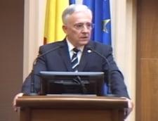 Mugur Isarescu: Gogomania darii in plata, o lege a haiduciei, in afara legii