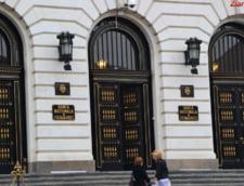 Mugur Isarescu, avizat cu unanimitate de voturi pentru un nou mandat la sefia BNR