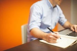 Munca la domiciliu sau telemunca? Ce trebuie sa faca firmele care-si lasa angajatii sa lucreze de acasa